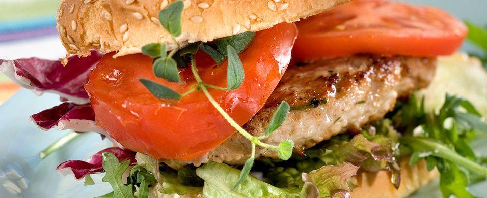 DAGENS RETT: Fredagsburgeren kommer med tzatziki