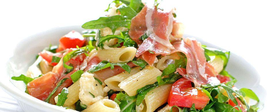 DAGENS RETT: Alle liker en pastasalat som denne