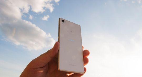 Xperia Z2 ble omtalt som en «himmelsk mobiltelefon» da den ble testet her på huset.