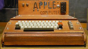 Steve Wozniak skapte Apple og Apple II, og la dermed grunnlaget for Apple-imperiet.
