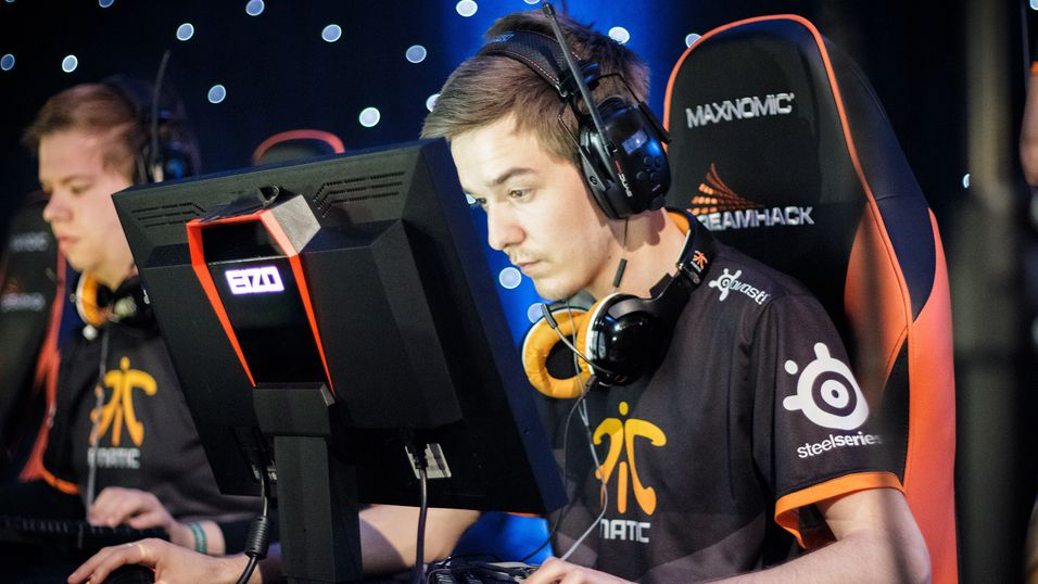 "Markus ""pronax"" Wallsten og resten av Fnatic er klare for finalespill i ESL ESEA Pro League."