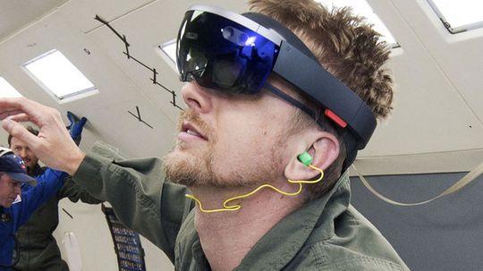HoloLens skulle etter planen brukes ombord på ISS. Det skjer neppe med det første.