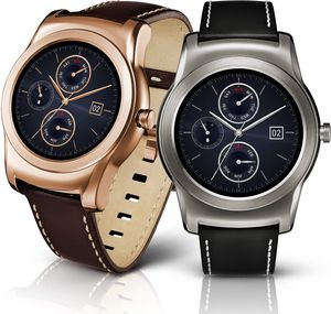 Snart kan smartklokkene få lengre batteritid takket være nytt batteridesign. Dette er LGs egen modell Watch Urban.