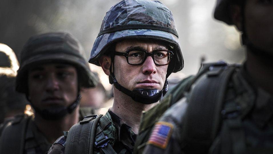 Dette bildet er hentet fra den kommende Snowden-filmen, men er ikke med i teaseren.