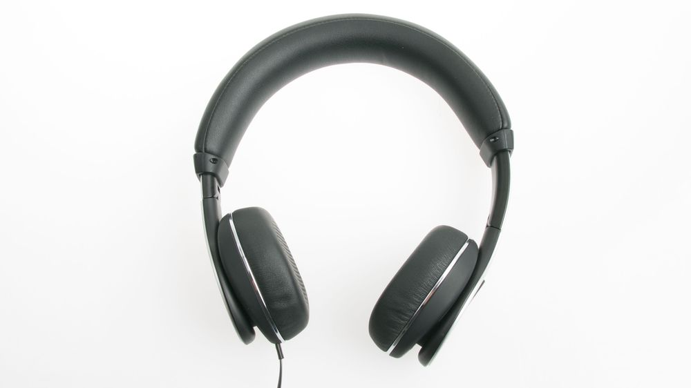 Klipsch byr på en robust konstruksjon av sine nye hodetelefoner.