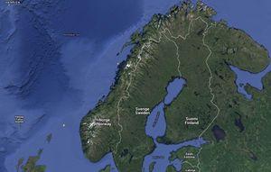 I skrivende stund lyner det litt langs Helgelandskysten.