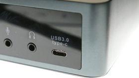 USB Type C er reversibel, og ligner litt på Apples Lightning-standard.