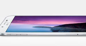 Samsung har lansert sin tynneste telefon noensinne