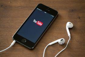 Det er på mobile platformer YouTube øker mest.