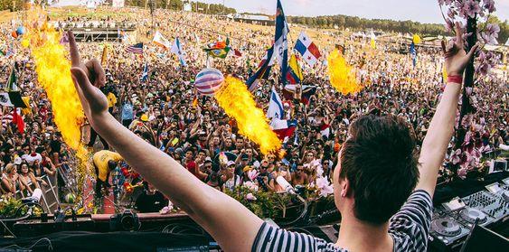 Den kjente Tomorrowland-festivalen begynner i morgen. Beatport kringkaster vanligvis festivalen, men nå skal også Spotify-kunder kunne se på. Vi lurer bare på hvilke Spotify-kunder. Foreløpig vet vi ikke hvilke regioner samarbeidet gjelder.