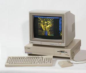 Amiga 1000 var den første Amiga-modellen.