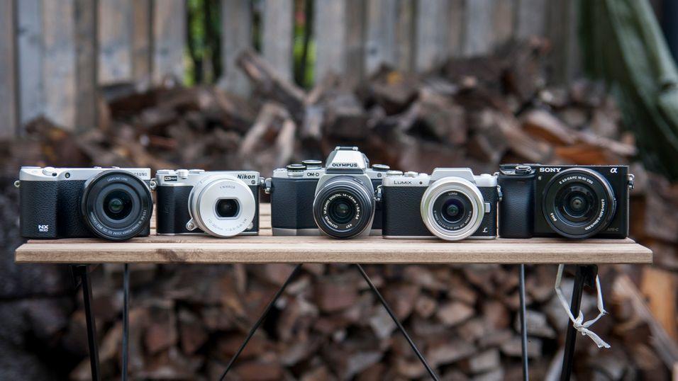 Speilløse systemkamera kan være svært lette og kompakte å få med seg. Vi har testet fem av dem.