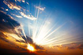 Over 50 prosent av den elektromagnetiske energien fra Solen er infrarødt lys, noe som betyr at det er mye å hente på å utnytte den.