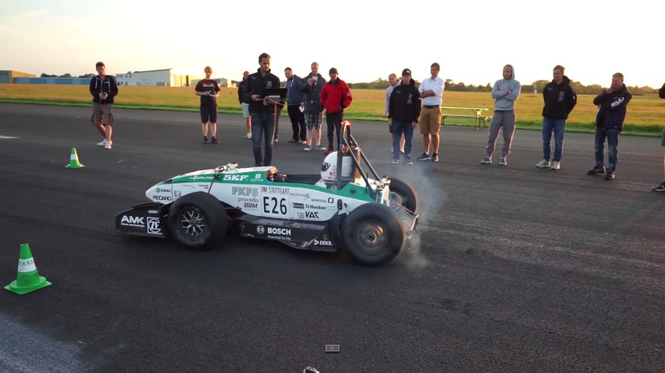 Den lille elbilen gjorde unna 0-100 kilometer i timen på imponerende 1,779 sekunder.