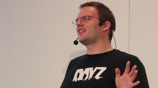 Eugen Harton fra talerstolen på GDC Europe.