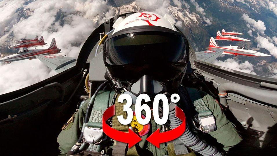 Sett deg i cockpiten til et jagerfly.