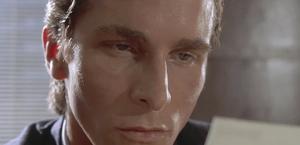 Det trenger ikke koste deg noe som helst å se Christian Bale (for anledningen  Bruce Wayne) i American Pshyco, på DVD om du leter litt på Internett etter en annen avspiller.