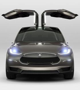 Måkevingedørene er visstnok ikke så problematiske, ifølge Musk. Det er derimot baksetene i Model X.