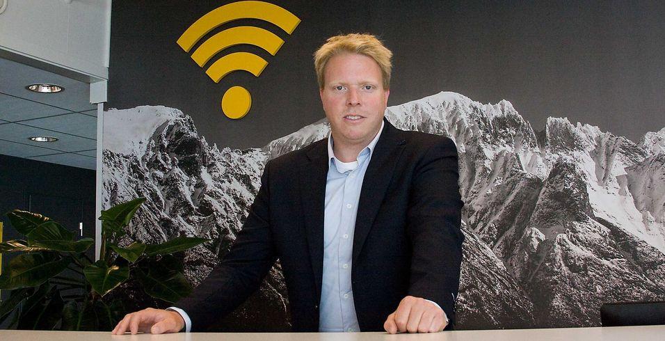 Ice-sjef Eivind Helgaker starter 19. august utskiftningen av utstyret i rundt 560 basestasjoner. Alle kunder får nytt modem, men kan være nødt til å bruke både gammelt og nytt modem om de reiser mye rundt de åtte-ti ukene utskiftingen fra CDMA til LTE foregår. .