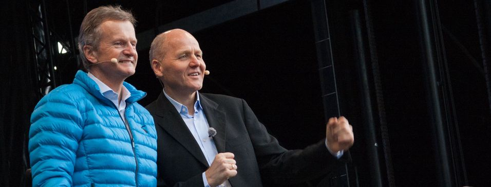 Jon Fredrik Baksaas (t.v.) overlater i dag roret i Telenor-skuta til Sigve Brekke. .