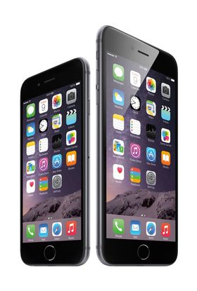 Det er bare modellen til høyre, iPhone 6 Plus, som er rammet.