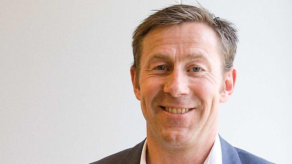 Administrerende direktør Torbjørn Hulbak i Phonect legger om salget for å kapre flere store bedrifter som kunder.