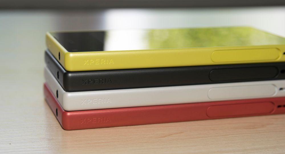 Frekke farger har blitt et stikkord for Sonys Xperia-modeller. Heftige spesifikasjoner og tre ulike størrelsesvalg er heller ikke å forakte.
