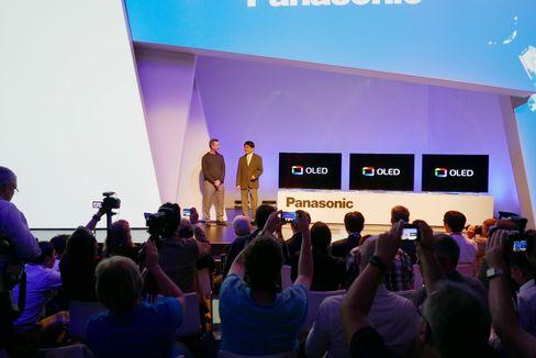 Panasonic slapp omsider sin første OLED-modell under årets IFA-messe.