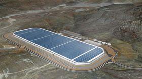 Teslas Gigafactory sett fra luften. Hele toppen er dekket av solcellepaneler.