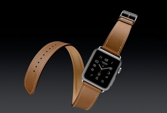 Apple Watch kommer nå med lærbånd.