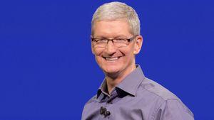 Apple-sjefen Tim Cook avslørte at selskapet vurderer å gi folk muligheten til å slette forhåndsinstallerte apper.