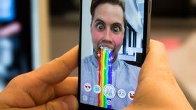 Ikke akkurat barn av regnbuen: Snapchat vil ikke ha noe med Windows å gjøre.