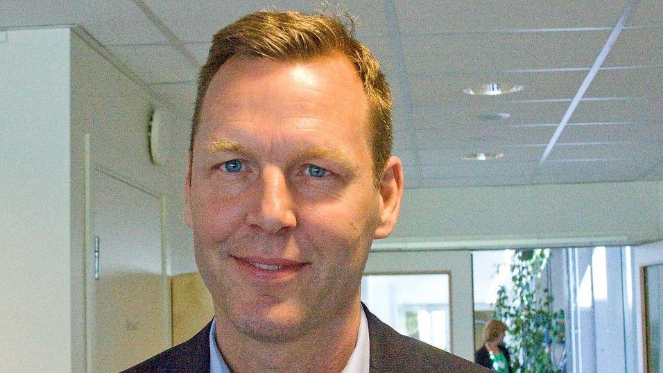 Teliasonera-sjef Johan Dennelind kan være i ferd med å inngå forlik etter korrupsjonsavsløringene i Usbekistan.