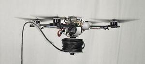 Her er en av dronearbeiderne.