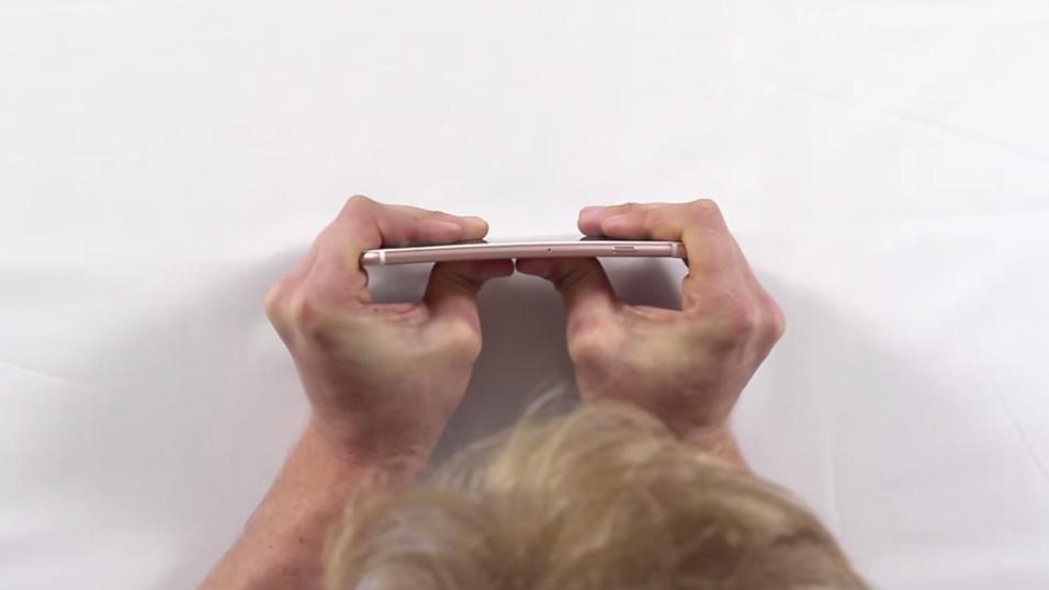 iPhone 6S Plus er skikkelig vanskelig å bøye, viser det seg.