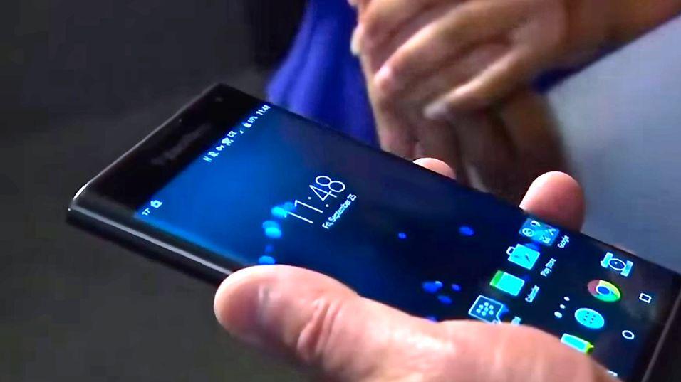 Den kostbare BlackBerry Priv ser ut til å få en rimeligere oppfølger.