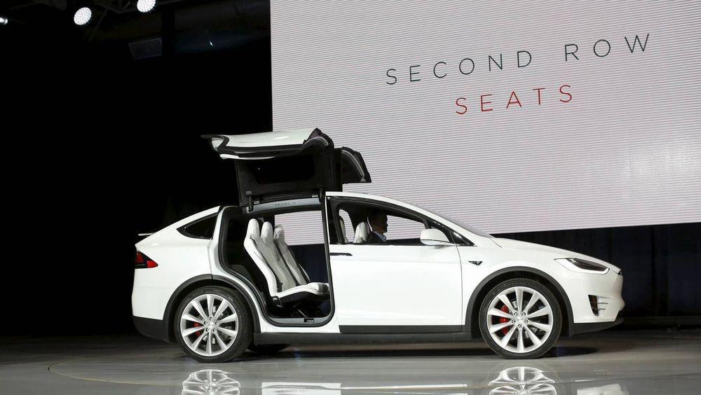 Tesla har åpnet for vanlig bestilling av Model X.