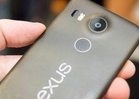 Nye Nexus 5X fra LG er utstyrt med USB type C, men kabelen som følger med har den nye kontakten i begge ender. Det kan bety starten på en storstilt utskifting av ladere.