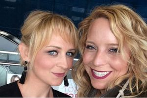 Her er app-gründerne Nicole McCullough og Julia Cordray.