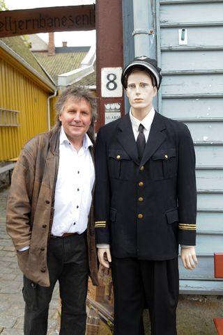 Arne Børresen har bygget opp Gamlebyen Modelljernbanesenter i Fredrikstad.
