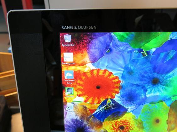 Bang & Olufsen står for lyden i høyttalerne, som bygger godt ut på hver side av skjermen og teller fire i antall på denne Envyen.