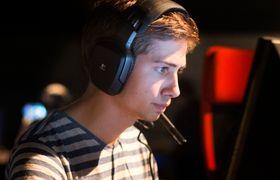 Philip Løseth i Expert Gaming.