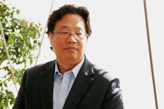 Kangheui Cha er designsjef for hjemmeunderholdning hos LG.