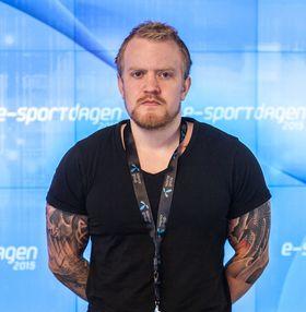 Henrik Årdahl i nDurance .