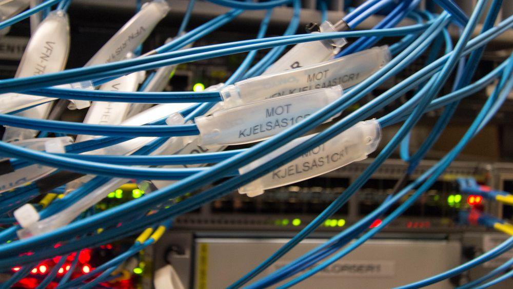 Slik bygges nettet som skal gi gigabit-bredbånd til alle