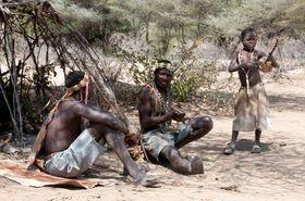 Hadza-folket fra Tanzania var blant urfolkene som deltok i undersøkelsen.