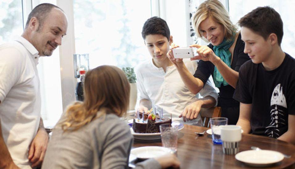 Bruk av LTE i ulisensierte frekvensbånd regnes i hovedsak å være interessant for å øke hastigheten ved innendørs bruk av mobiltelefoner.