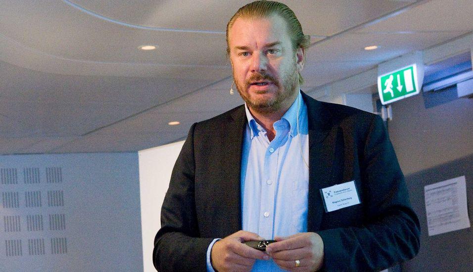 Teknologidirektør Magnus Zetterberg i Telenor Norge avslørte under Frekvensforum tidligere i høst at selskapet har testet og ønsker å ta i bruk fast LTE for å levere bredbånd. Dette er en LTE-variant som er laget for faste installasjoner og er en bredbåndsteknologi, ikke beregnet til mobile tjenester.