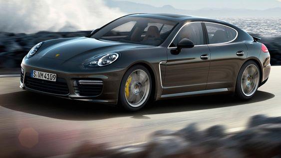 Porsche skal angivelig snart vise frem en elektrisk utgave av Panamera.