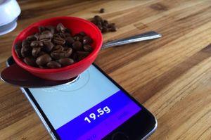 Kaffe er blant det du kan veie med appen, som dessverre ikke ennå er godkjent.